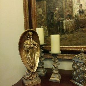 Beautiful Angel Tabletop Statue